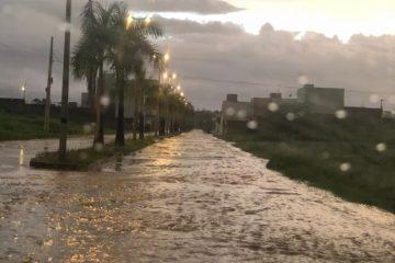 Capturar6 3 360x240 - FORTES CHUVAS NO SERTÃO: Rios e barreiros transbordam em várias regiões da Paraíba - VEJA VÍDEO