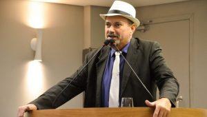 Deputado Jeová Campos e o autor da Lei do Teste do Pezinho Ampliado 683x388 300x170 - Audiência em Cajazeiras vai discutir implantação teste do pezinho ampliado na rede pública