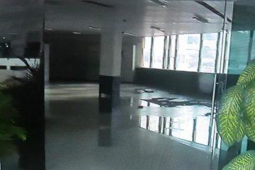 DEPREDAÇÃO NA UFPB: Instituição tem porta e vidros quebrados e paredes pichadas, após movimento em homenagem a estudante – VEJA VÍDEO