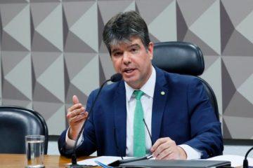 Ruy recorre diretamente a João Azevedo para solucionar problemas com transportes de pessoas com câncer