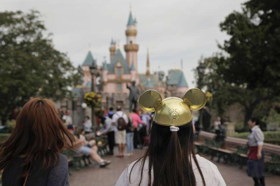 Domésticas na Disney: empresa faz sorteio após declaração de ministro