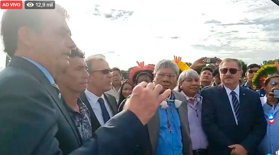 bolsonaro34 - 'ELA QUERIA DAR O FURO A QUALQUER PREÇO': Bolsonaro insulta repórter da Folha em entrevista no Palácio do Planalto - VEJA VÍDEO