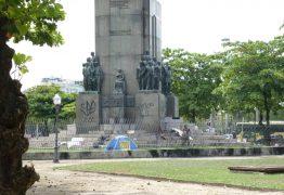 Monumento em homenagem ao Marechal Deodoro, tem estátua de 400 kg furtada, no Rio de Janeiro