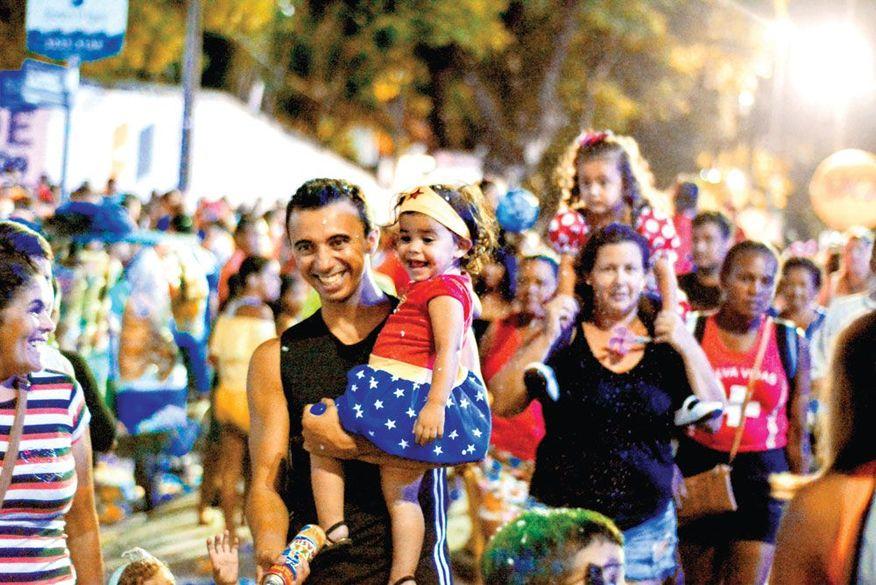 CARNAVAL 2020: Folia de Rua desta segunda, tem 'Muriçoquinhas' e 'Melhor Idade'