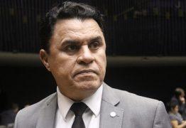 Câmara derruba decisão do STF que afastou Santiago por corrupção