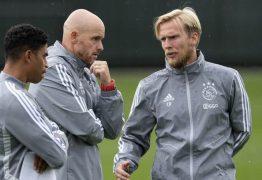 Membros da comissão técnica do Ajax estão com suspeita de coronavírus
