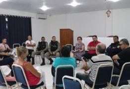 Prefeita reúne-se com pousadeiros em Jacumã