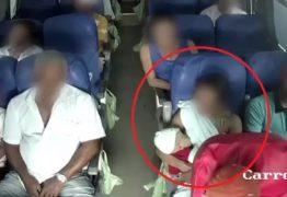 IMAGENS CHOCANTES: Mãe e bebê jogados no teto de ônibus em acidente