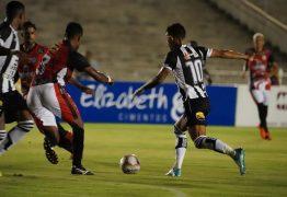 Botafogo-PB sofre gol aos 40 do 2º tempo e só empata com o SP Crystal no Almeidão