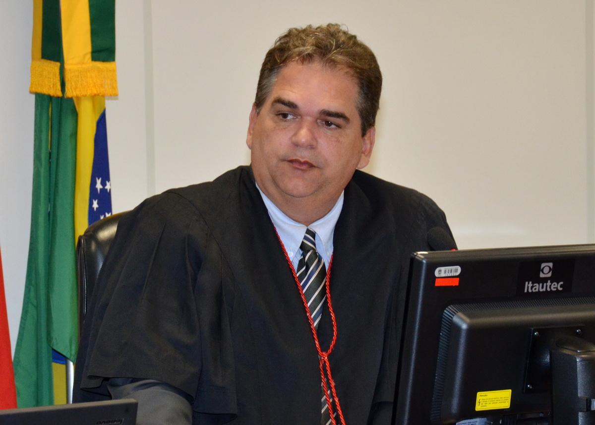 Des Frederico Martinho N Coutinho 27 01 15 1 - Estado pode recolher máscaras cirúrgicas de empresa para o enfrentamento da Covid-19