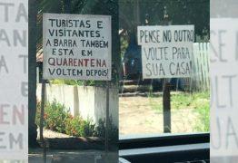 Em quarentena, moradores de Barra de Mamanguape espalham placas e pedem que turistas voltem pra casa