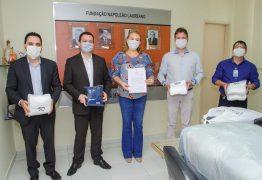 Assembleia distribui mais 30 mil máscaras a hospitais e instituições de JP e Alagoa Grande