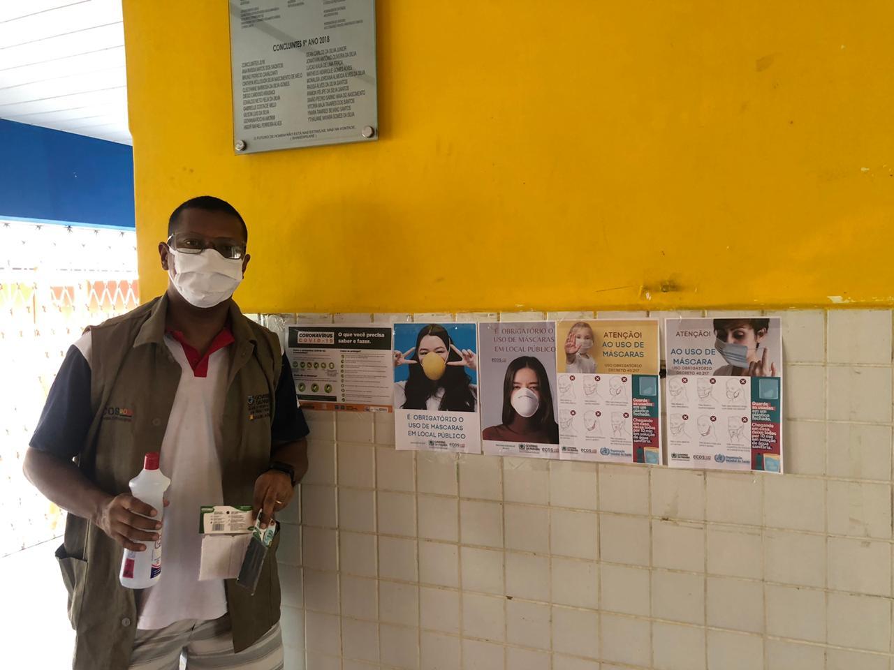 WhatsApp Image 2020 05 26 at 11.25.29 1 - Porteiros de escolas estaduais recebem máscaras de proteção e álcool em gel