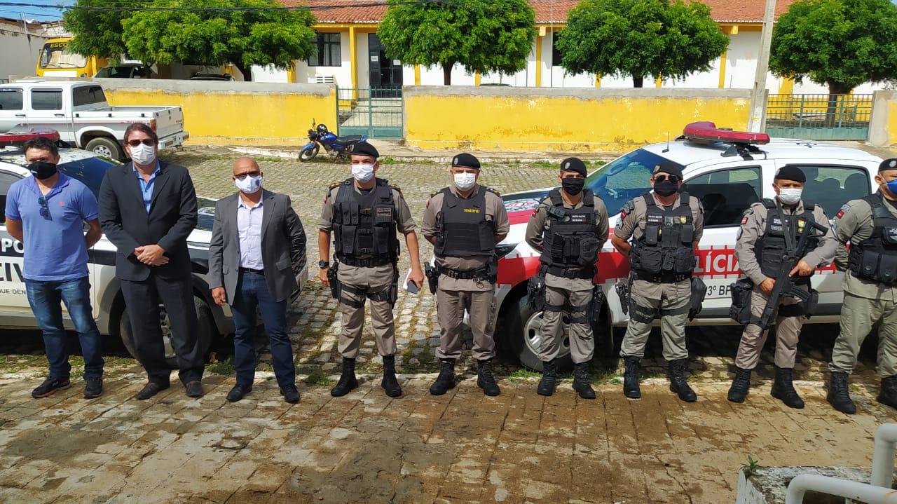 fiscalizacao comercio santana garrotes e serra branca 2 - Polícia 'flagra' funcionamento de comércio e prende lojistas no Sertão