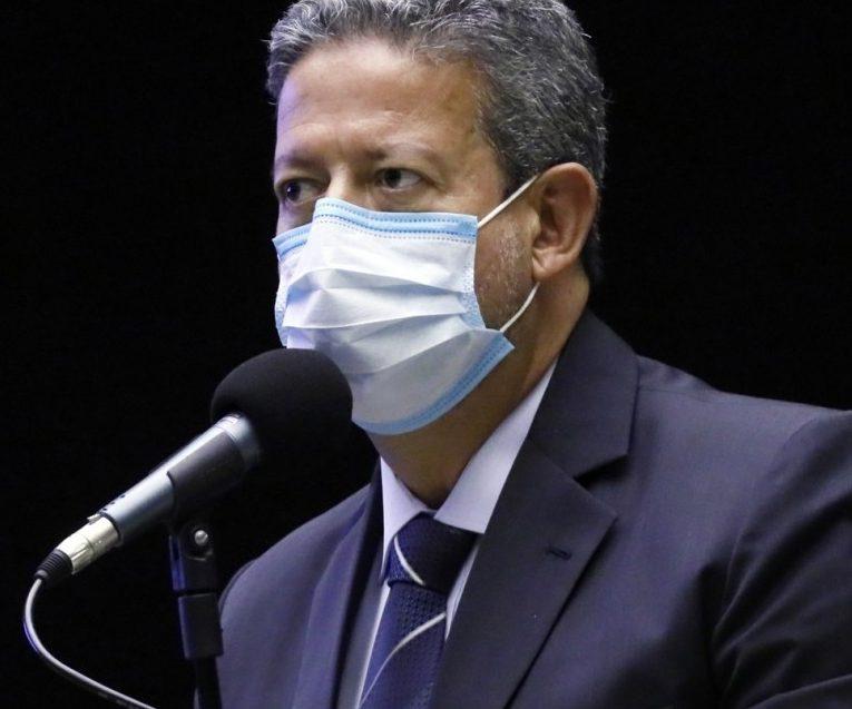 foto29pol 101 base a11 e1593544542797 - Com apoio do Centrão, Bolsonaro constrói base para barrar impeachment