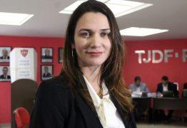 """""""MENSALINHO"""": Mesmo na crise, CBF aumenta em 100% o salário de Michelle Ramalho, presidente da FPF"""
