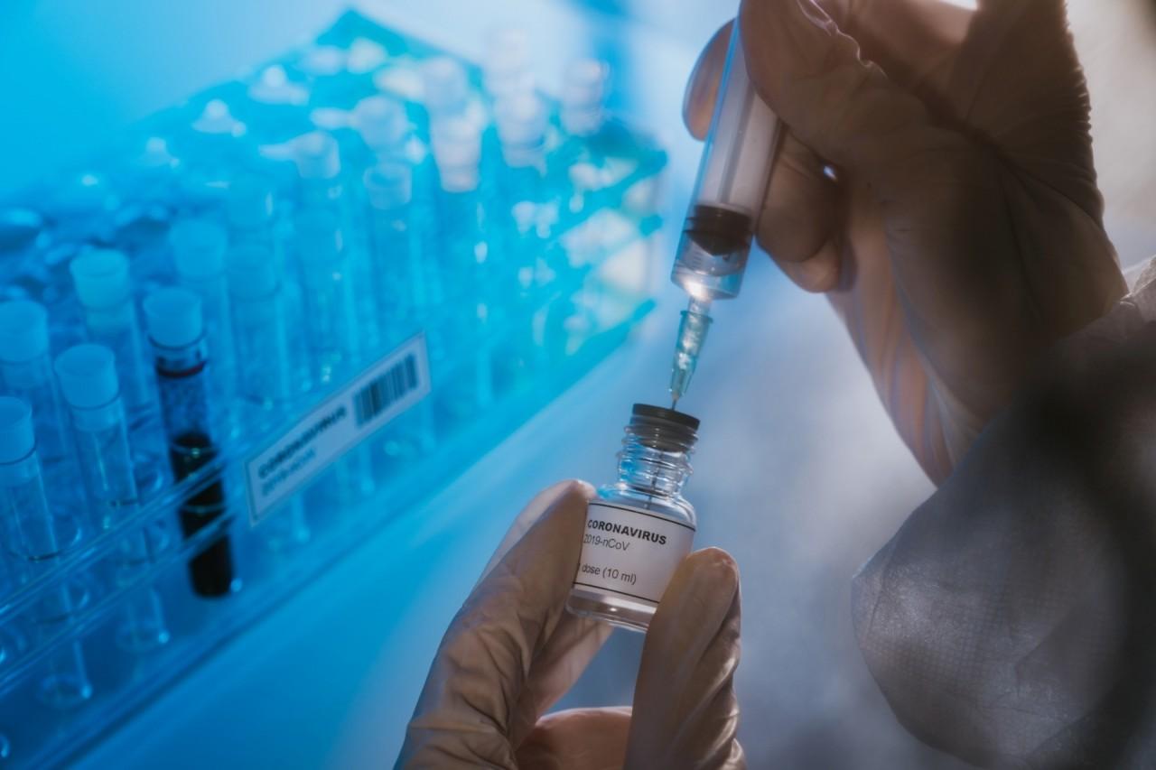 vacina coronavirus covid 19 1591206113273 1920x1280 - Covid-19: na véspera do prazo, Brasil hesita em integrar aliança por vacina