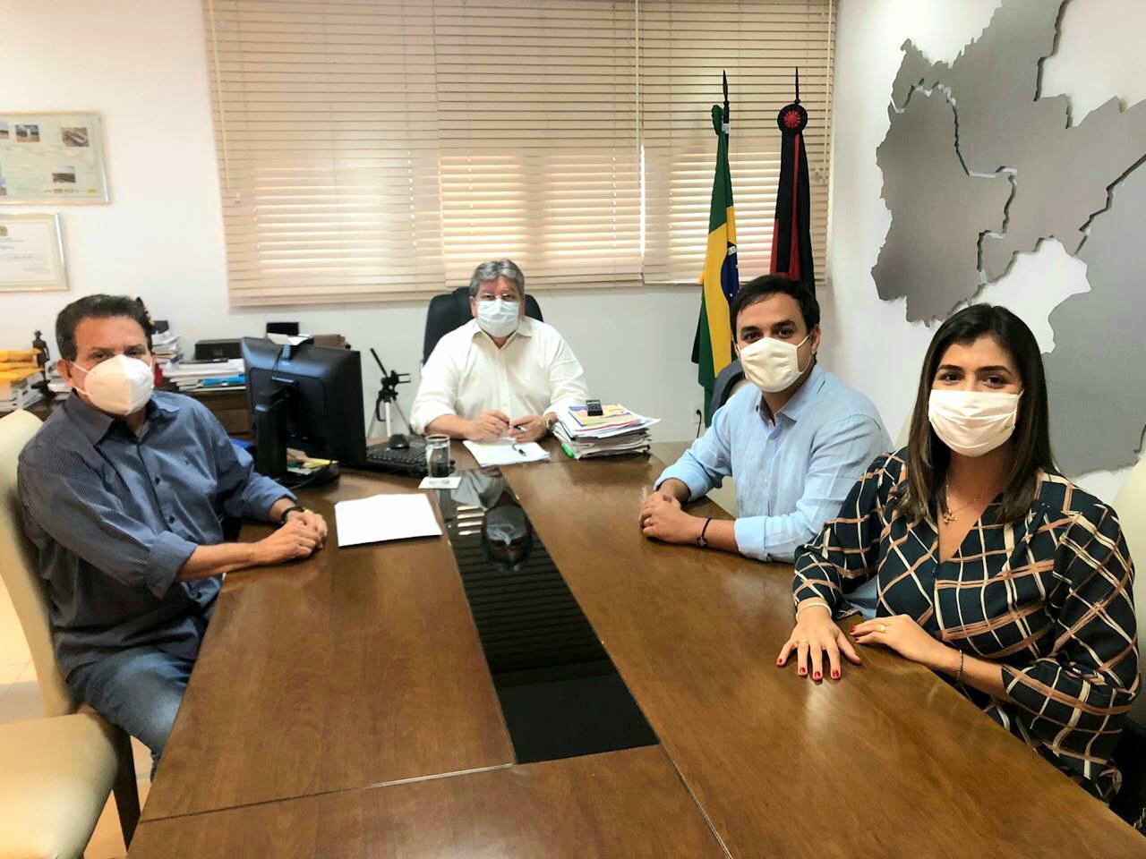 22e12bf6 375a 4557 9c62 61038f279535 - Governador João Azevedo declara apoio a Matheus em Bananeiras.