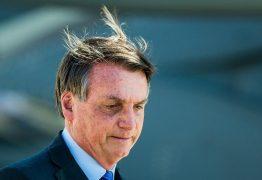 """""""Não tem pergunta decente para fazer?"""", responde Bolsonaro sobre depósitos de Queiroz à primeira-dama"""