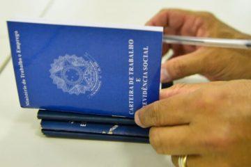 Emprego Foto Marcello Casal Agência Brasil 696x416 1 360x240 - Semana inicia com 133 oportunidades de emprego em Campina Grande