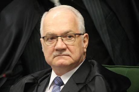 scostf edson fachin 1500 18082020124027666 - CASO VALDINEY: STF dá prazo para Bolsonaro e PGR se pronunciarem sobre nomeações de reitores