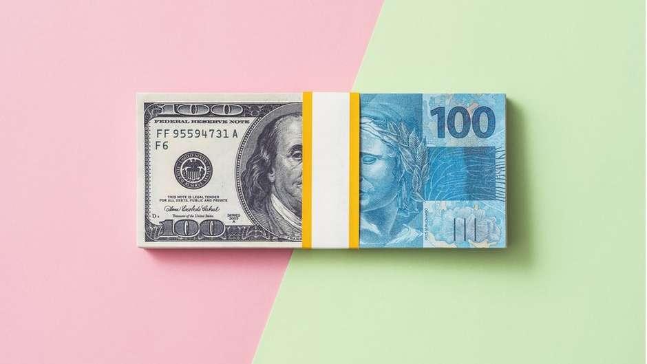 111124433dolarreal - Por que o real é a moeda que mais desvalorizou em 2020 (e que impacto isso tem na vida de quem não compra dólar) - Por Camilla Veras Mota
