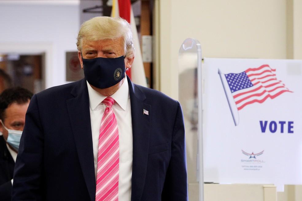 2020 10 24t143312z 1817678209 rc22pj9b1jax rtrmadp 3 usa election trump - Trump vota nas eleições presidenciais dos EUA; data oficial do pleito é 3 de novembro