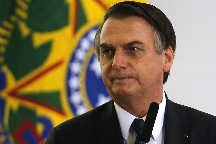 82162354 bsbbrasiliabrasil11 04 2019papresidente jair bolsonaro participa da sole - Bolsonaro cita endividamento 'monstruoso' e nega que auxílio será ampliado