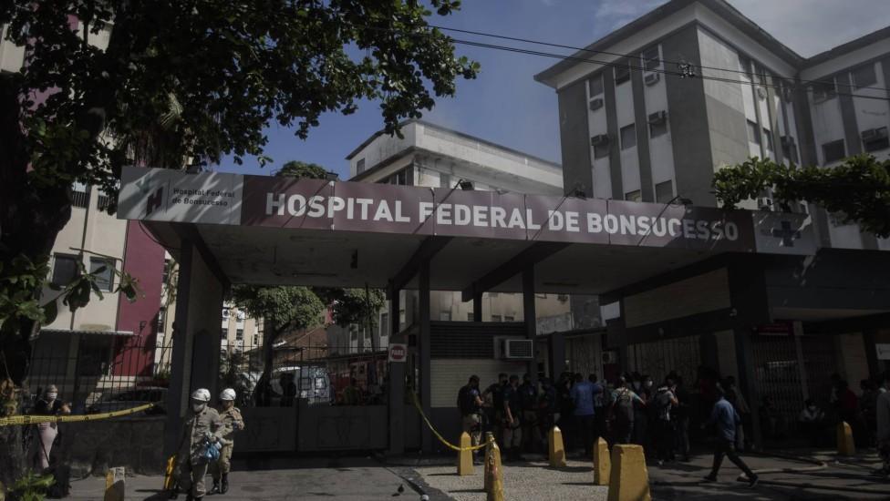 90235333 ri rio de janeiro rj 27 10 2020incendio no hospital federal de bonsucesso. foto alexandr - Após incêndio, Hospital Federal de Bonsucesso, no Rio, será reaberto na próxima terça-feira