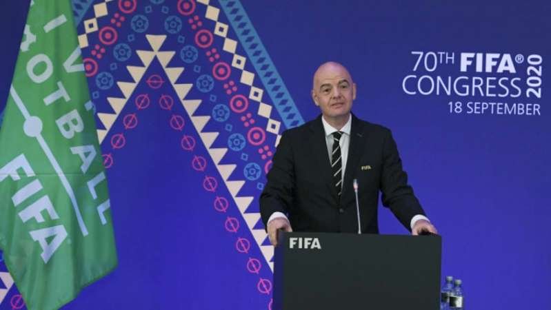 BB19bhK1 - Presidente da Fifa, Gianni Infantino, testa positivo para a Covid-19