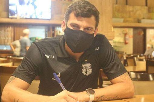 Capturar.JPGee  2 - Treze acerta a contratação do atacante Neto Baiano, de 38 anos