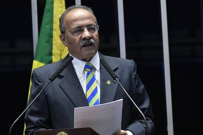 Chico Rodrigues - PF encontra dinheiro na cueca de senador vice-líder de Bolsonaro