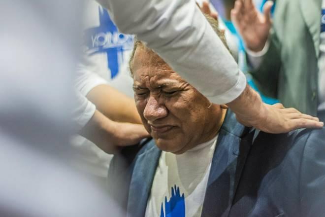 Pastor Antonio Dionizio - ASSEMBLEIA DE DEUS: Vídeo de pastor de MS dando tapa na bunda de mulher vaza, fiéis pedem expulsão - VEJA VÍDEO