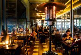 Empresários dos setores de turismo e de restaurantes pedem volta do horário de verão