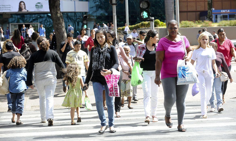agenciabrasil161112wdo 7717 - Desemprego atinge 14 milhões de pessoas na quarta semana de setembro