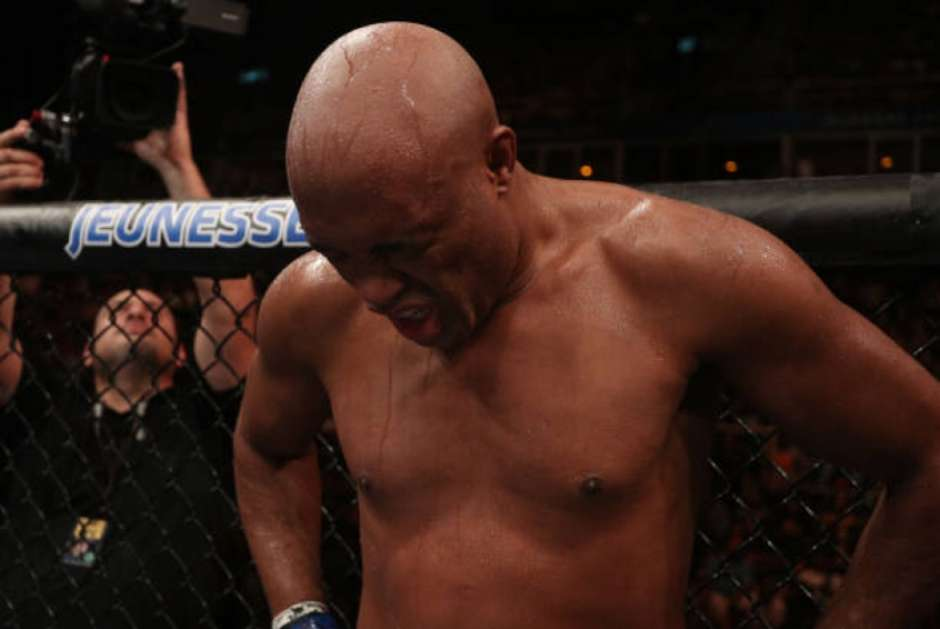 """anderson silva - Anderson Silva anuncia aposentadoria: """"Minha última luta"""""""