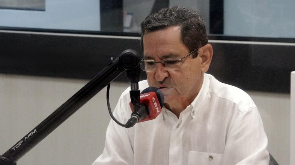 anisio maia na cbn joao pessoa - Anísio Maia promete dobrar o piso salarial do professor de João Pessoa