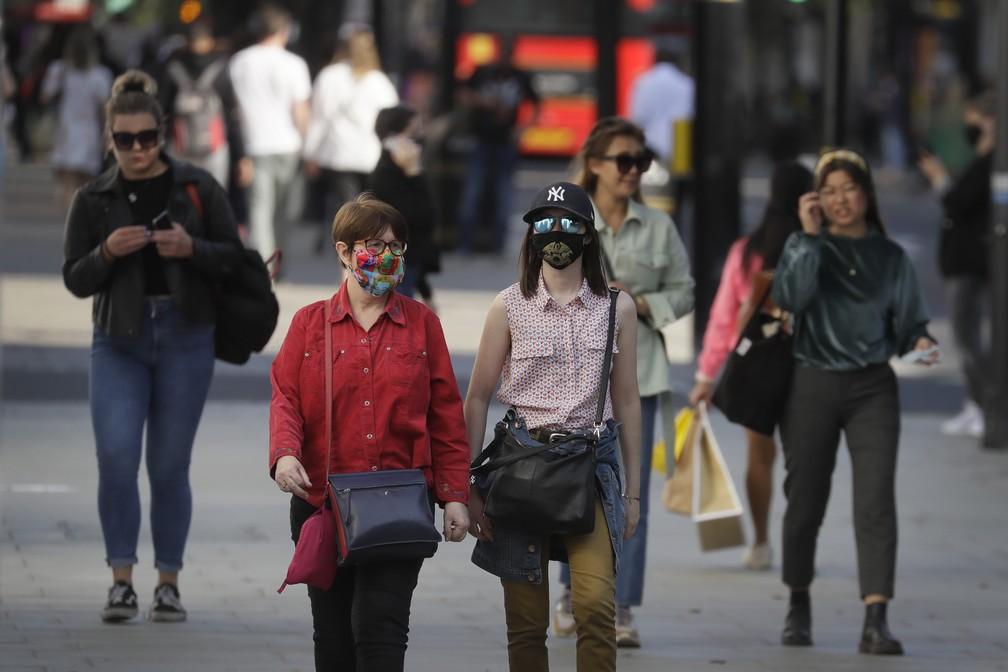 ap20265489459947 - Reino Unido anuncia fase de 'alto risco' em Londres e amplia restrições