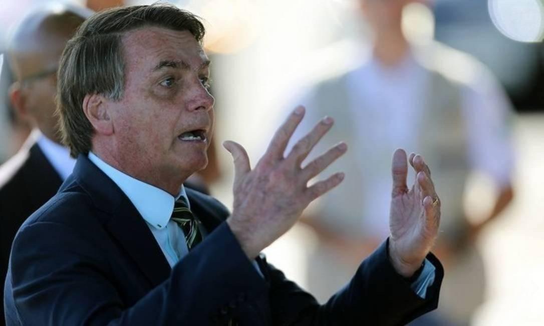 """bolsonaro 2 - Bolsonaro: """"Não pode um juiz decidir se você pode ou não tomar vacina, isso não existe"""""""