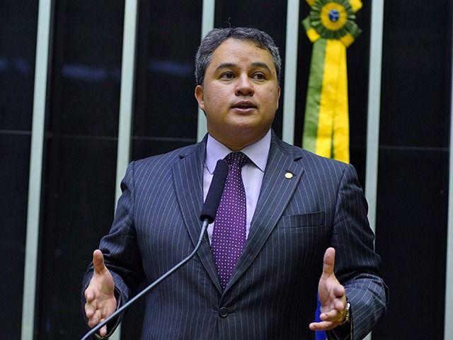 c3f1c93296b09312735a88b694b042b1 - Efraim Filho anuncia mais de 530 mil reais pra os municípios de Santa Luzia e São José do Sabugi