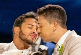 HOMOFOBIA INTERNALIZADA: marido de Carlinhos Maia, Lucas Guimarães, diz que ser gay não é correto : VEJA VÍDEO