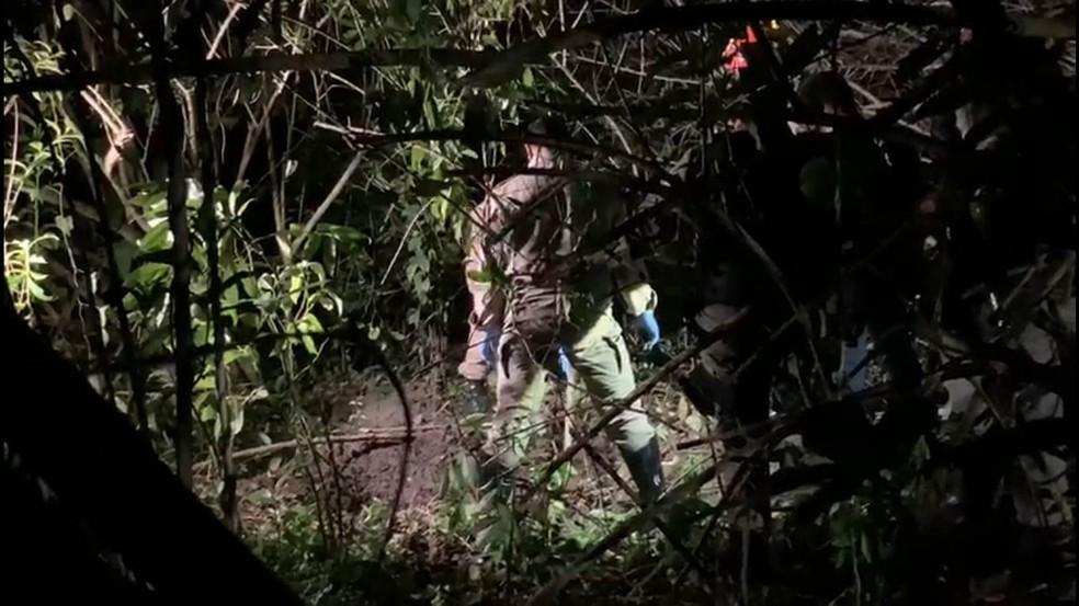 corpo foi encontrado em mangue - Corpo de motorista que estava desaparecido é encontrado em mangue, na PB