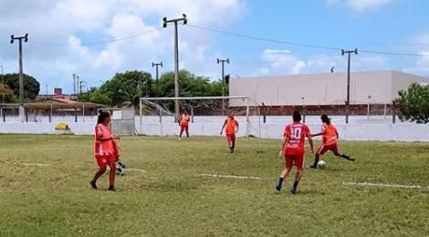 feminino auto - Auto Esporte se prepara para volta aos gramados pelo Brasileirão A2