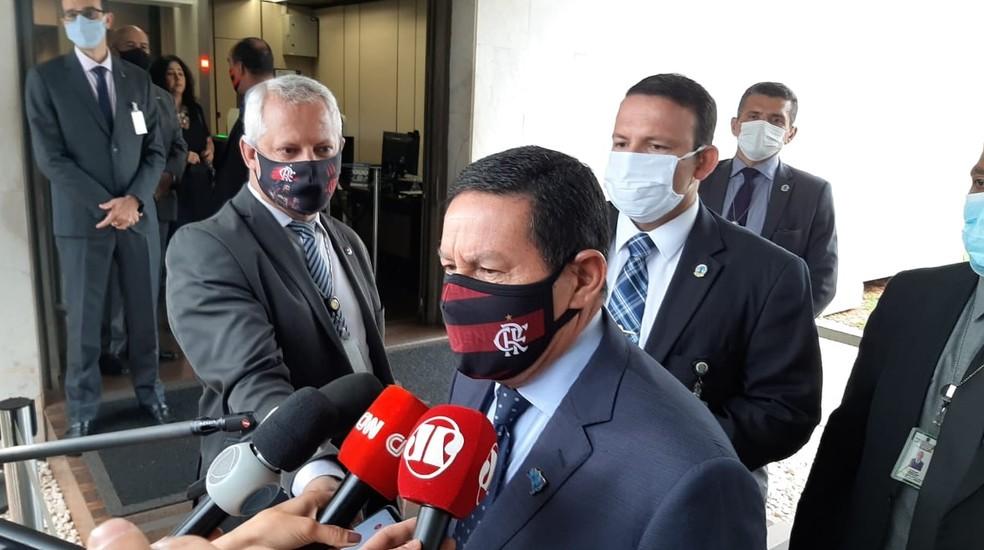 mourao - Presença de militares na Amazônia será prorrogada até abril, diz Mourão