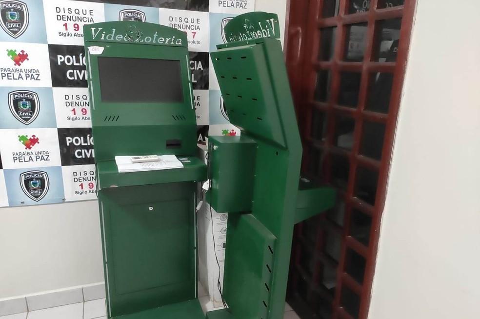 operacao zoooo - Quatro pessoas são presas suspeitas envolvimento com jogo do bicho em Coremas, PB