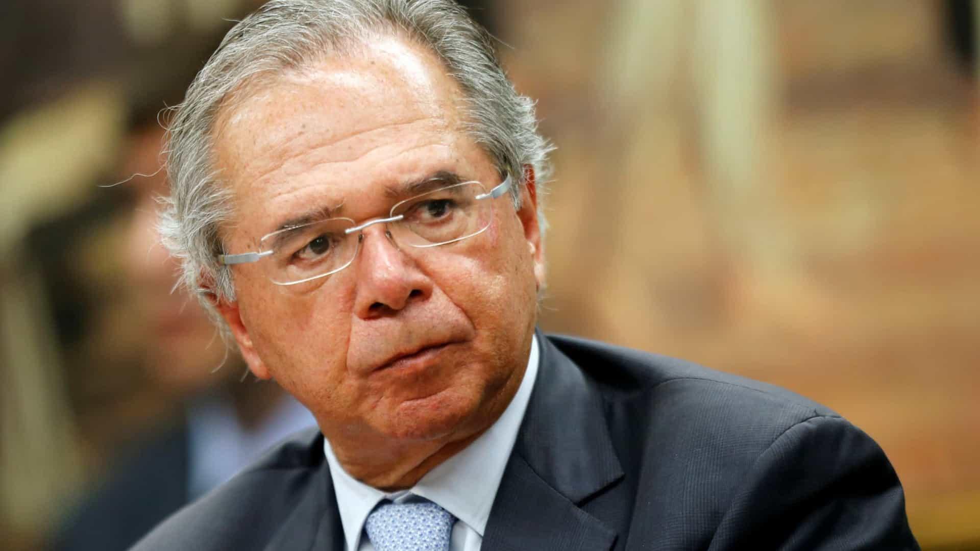 """pauloguedes6 - Guedes diz que morte de índios e queimadas são exagero: narrativa dos """"perdedores da eleição"""""""