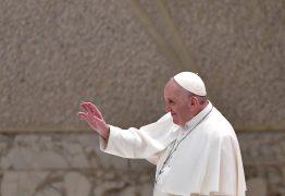 Vaticano diz que fala do Papa sobre união civil gay não muda posição da Igreja