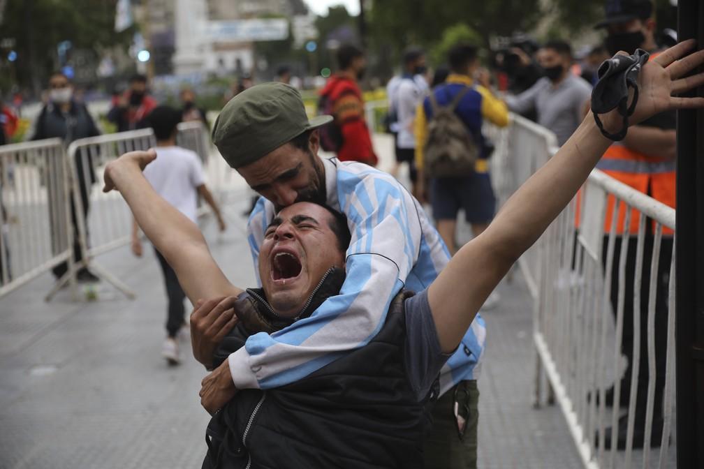1 maradona 3 - Maradona é velado por multidão na Casa Rosada, em Buenos Aires