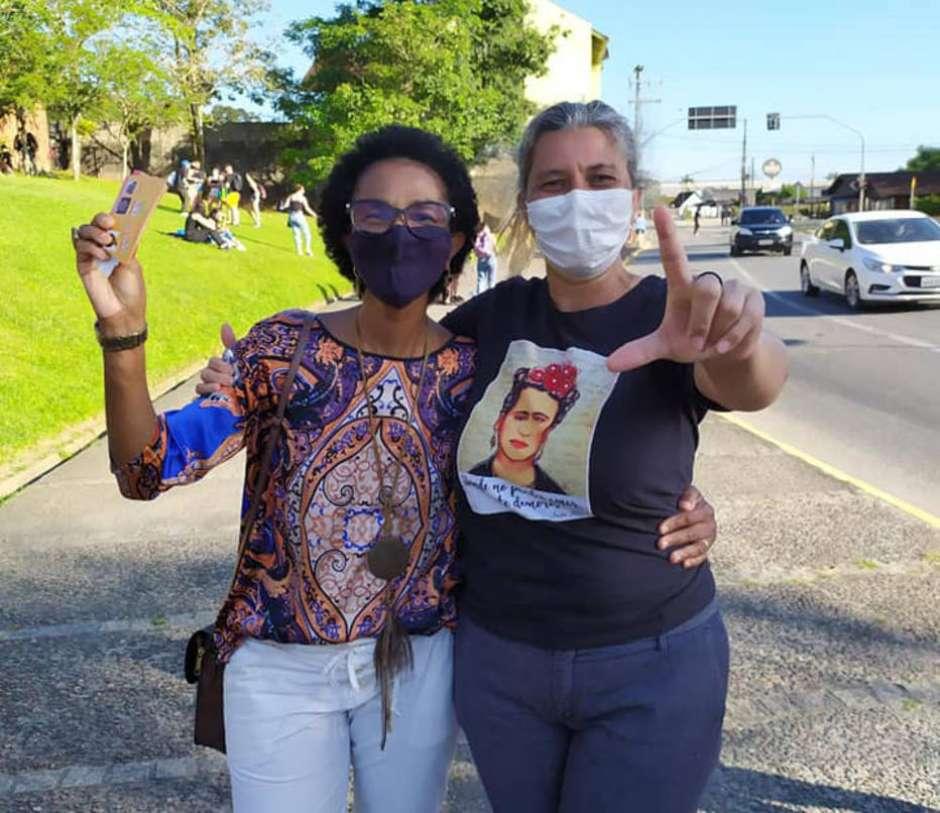 1605739613362 - 'Juventude hitlerista': Polícia investiga racismo e ameaça de morte contra vereadora