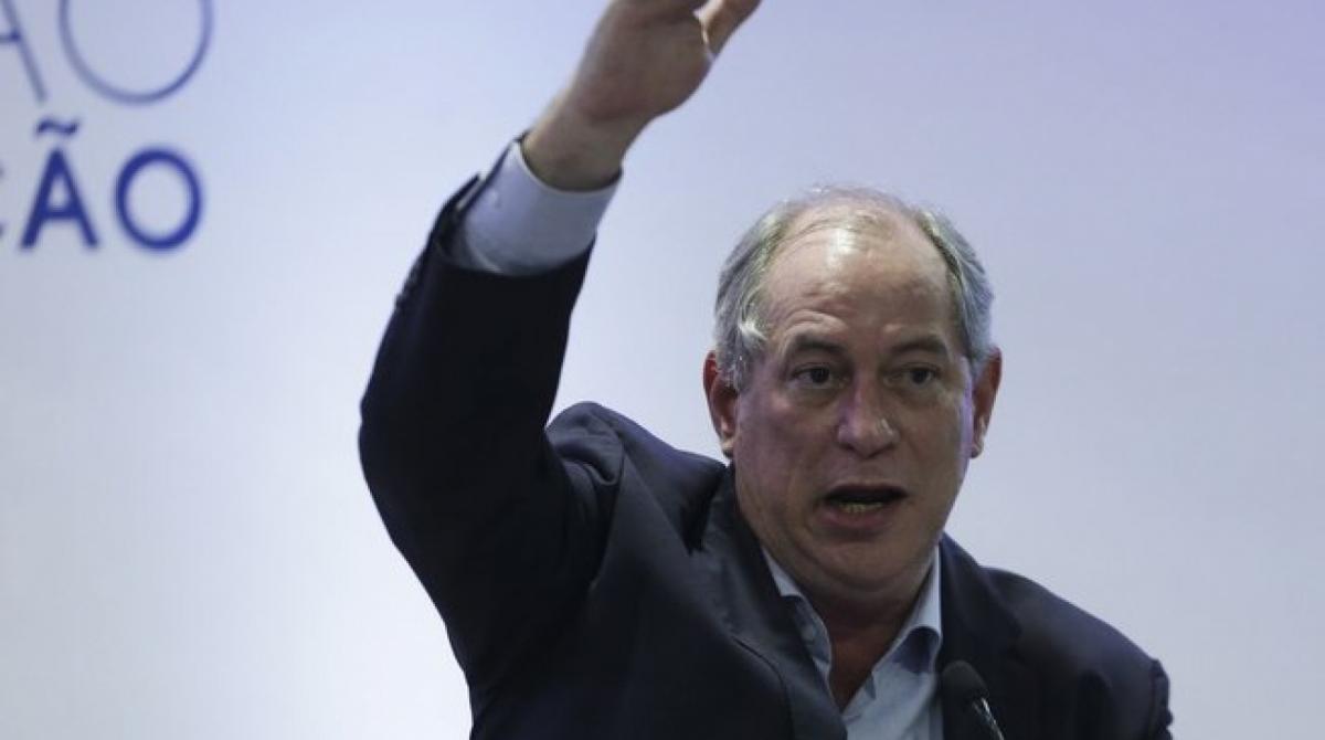 "1 01ay8dgju1fvtja3mx5kjfdzt 11905682 - ""FASCISTA"": Ciro afirma que Moro quer acobertar filhos ""ladrões"" de Bolsonaro"